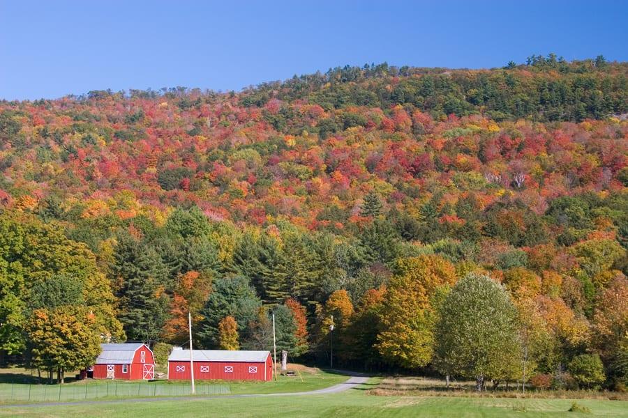 Tennesse farm in fall